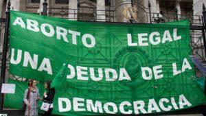 TUITAZO Y PAÑUELAZO POR EL #ABORTOLEGALYA