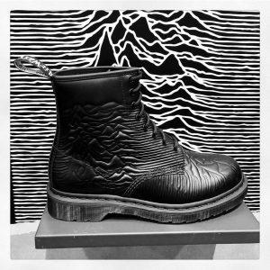 Dr Martens relanza sus icónicas botas inspiradas en Joy Division y New Order