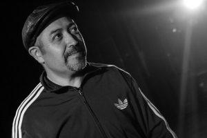 """Lalo Meneses: """"El capitalismo ha inventado su hip hop"""""""