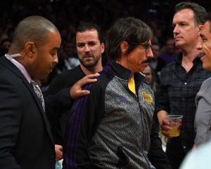 Anthony Kiedis fue expulsado por la NBA