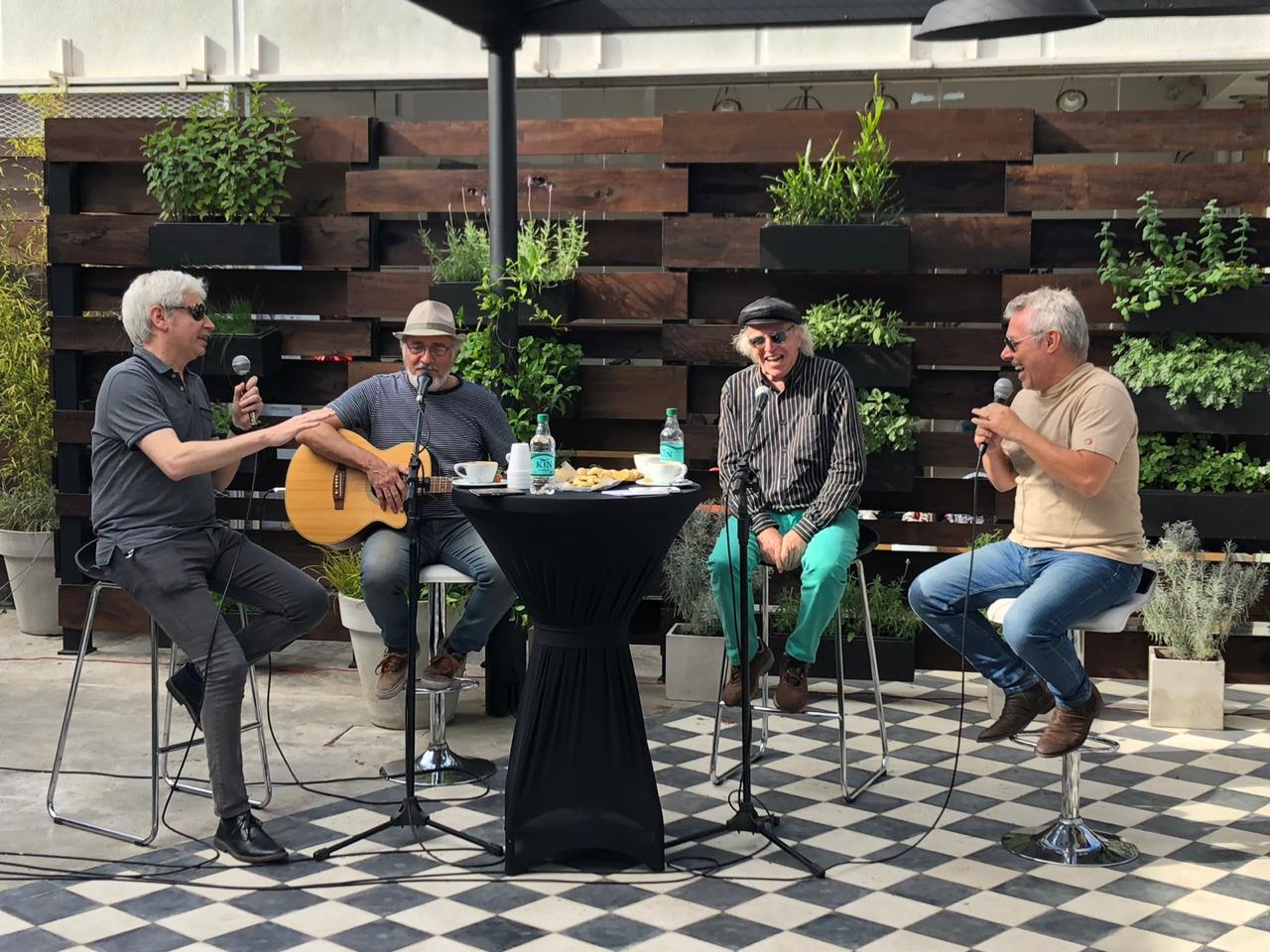 Pepas En La Tarde Deluxe: Pedro y Pablo a solas con BB y Juan - Radio Cantilo
