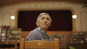 El sueño del pibe: construyó un cine en su casa