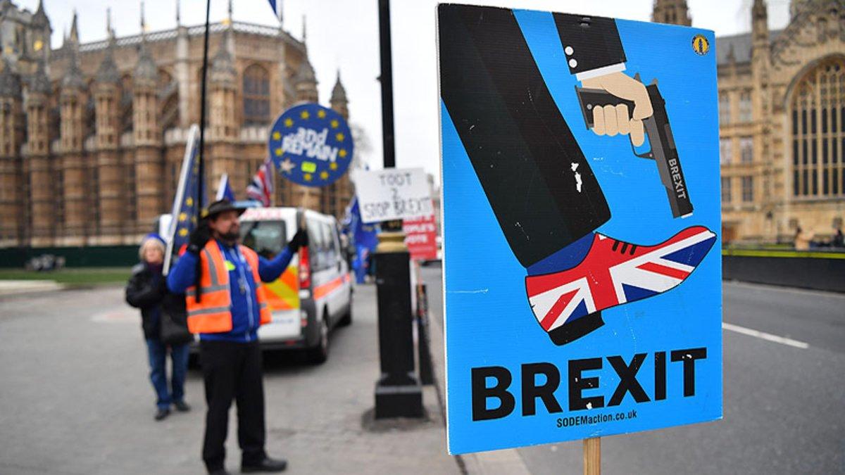Brexit: incertidumbre y tensión - Radio Cantilo