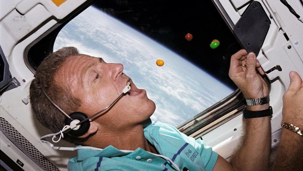 Nerdos en el espacio: primera comunicación - Radio Cantilo