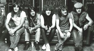 ¿Cuáles son los mejores 25 temas de AC/DC?