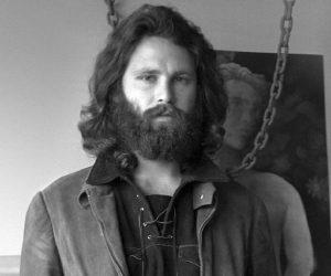 A 48 años de su muerte: ¿Cómo fueron las últimas horas de Jim Morrison?