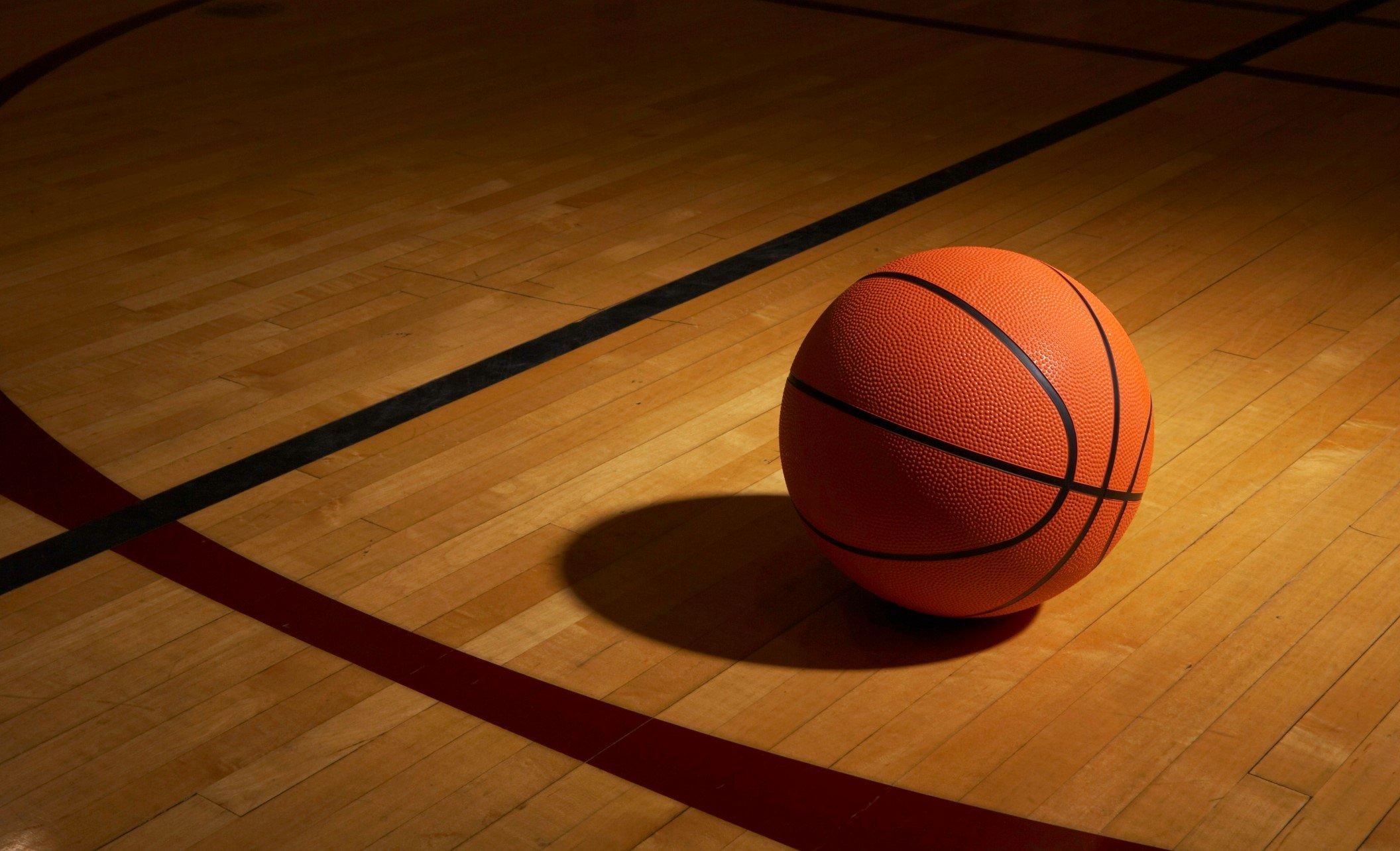 Jueves de cuentos: Mi oscuro regreso al baloncesto - Radio Cantilo