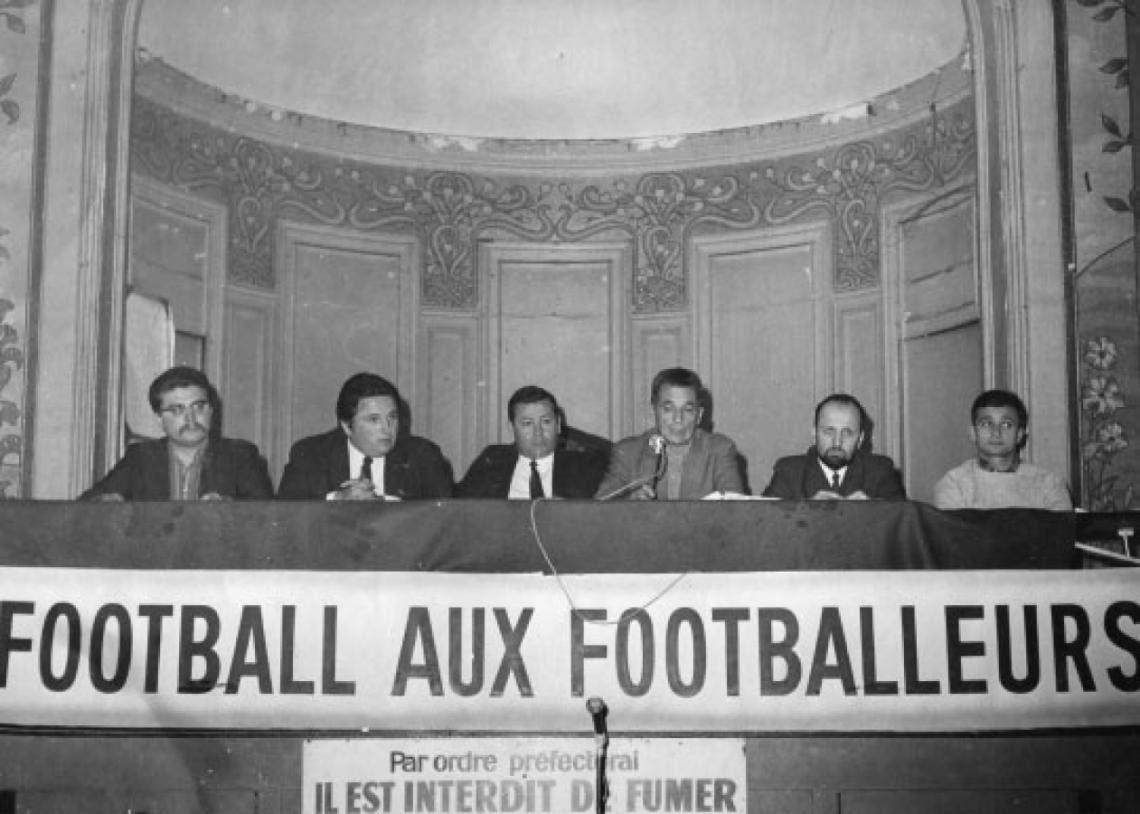 Deporte con historia: Jogo bonito, fútbol y el Mayo Francés. - Radio Cantilo